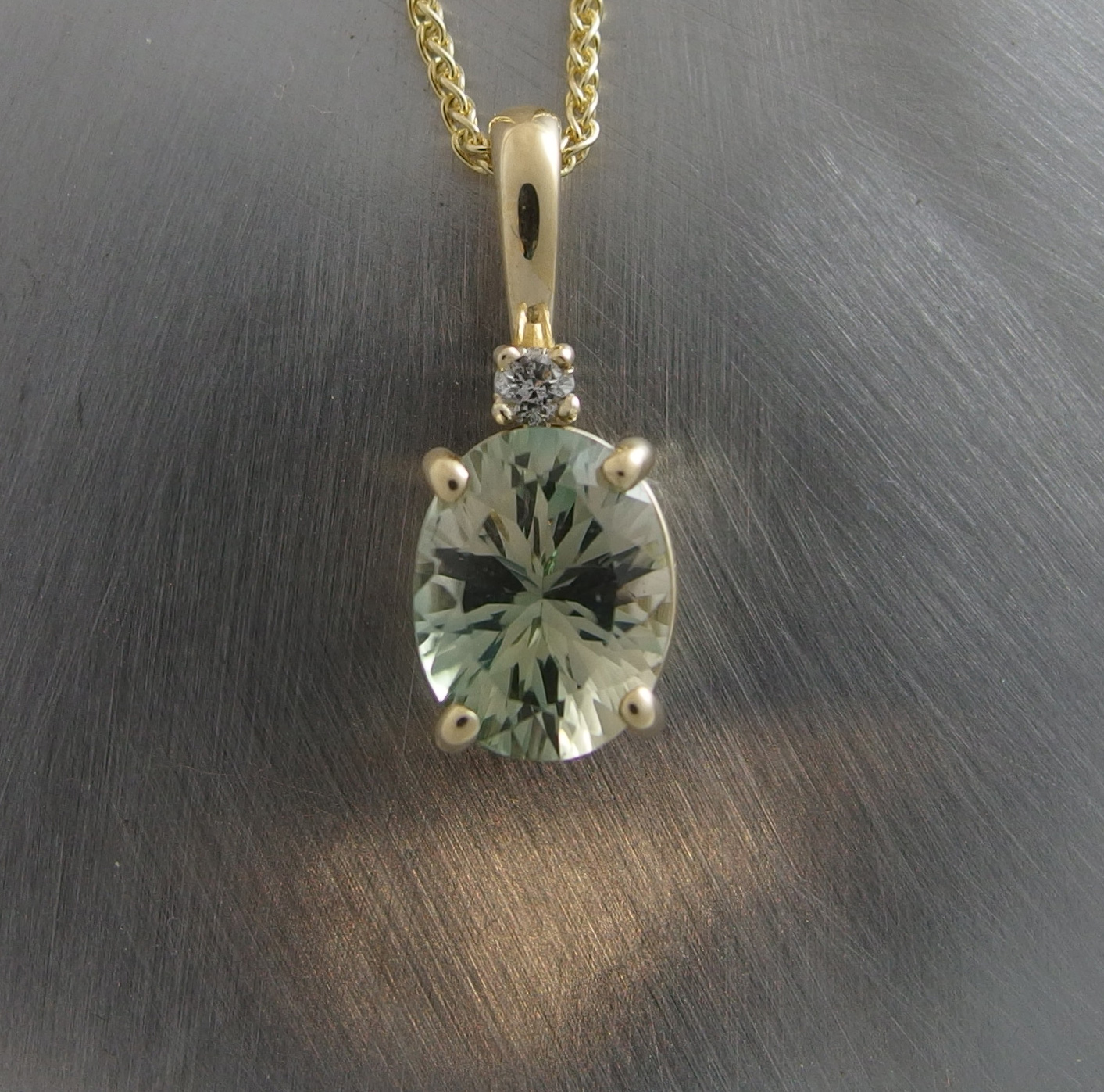 shape light gia fancy clarity green diamonds carat cushion yellow diamond